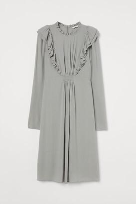 H&M MAMA Ruffled Viscose Dress - Gray