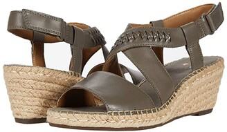 Clarks Petrina Bay (Olive Leather) Women's Shoes