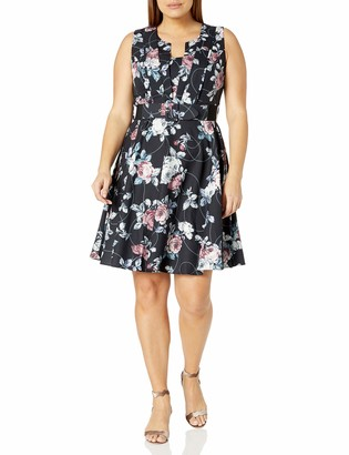 City Chic Women's Apparel Women's Plus Size Floral Printed Dress with Pleated Bust Detail