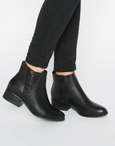 Call it SPRING Onillan Heeled Ankle Boots