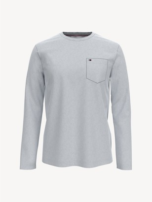 Tommy Hilfiger Essential Long-Sleeve T-Shirt