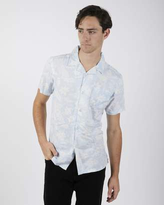 The Idle Man - Hawaiian Print Short Sleeve Shirt Blue