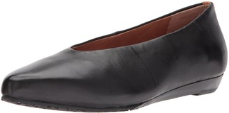 Gentle Souls by Kenneth Cole Women's Neptune Low Wedge Pump with Round Toe Leather Wedge Pump