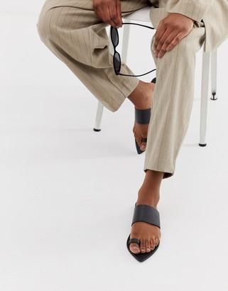 Asos Design DESIGN Fixture leather toe loop pointed flat sandals-Black
