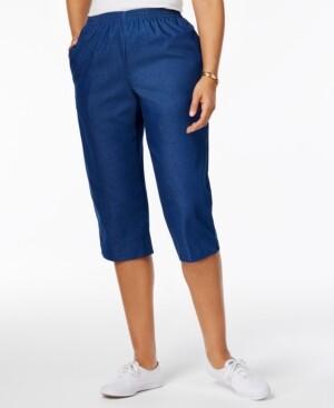 Alfred Dunner Petite Pull-On Capri Jeans