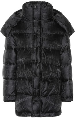 Balenciaga Logo puffer coat