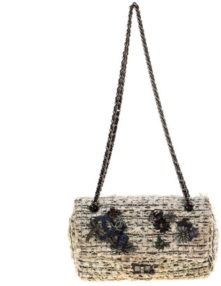 Chanel White/Black Garden Charms Tweed Reissue 2.55 Classic 224 Flap Bag