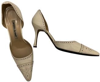 Manolo Blahnik White Patent leather Heels