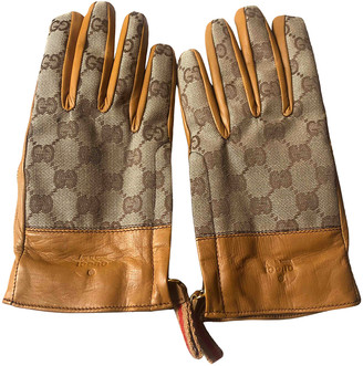 Gucci Camel Leather Gloves