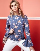 Vila Floral And Ruffle Top