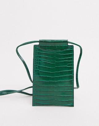Glamorous neck pouch phone holder in green croc
