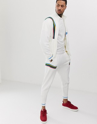Nike Full Zip Reissue Jacket In Beige