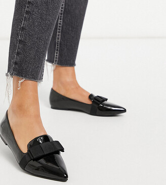 ASOS DESIGN Wide Fit Luan bow pointed ballet flats in black patent