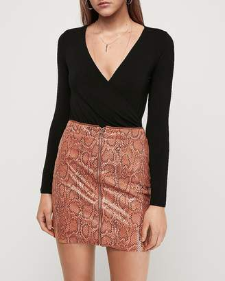 Express High Waisted Snakeskin Print O-Ring Zip Mini Skirt