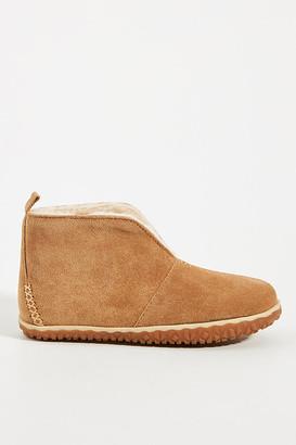 Minnetonka Tucson Slipper Boots By in Beige Size 7