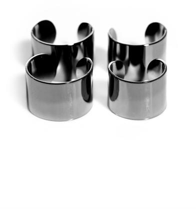 Maison Martin Margiela Knuckle duster rings