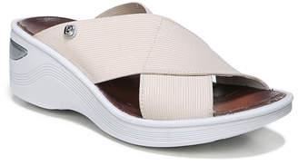 BZees Women's Sandals TAN - Tan Plain Desire Sandal - Women
