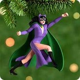 Hallmark Keepsake Ornament CATWOMAN - Miniature QXM6021