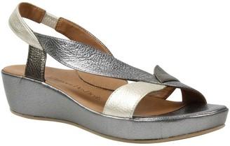 L'Amour des Pieds Leather Sandals - Crotono