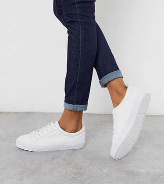 ASOS DESIGN Wide Fit Dunn lace up trainers in white