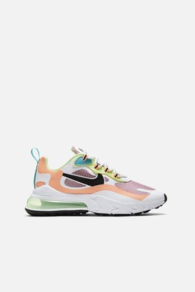 Nike 270 React SE Sneakers