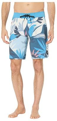 Quiksilver Highline Tropical Flow 19 Boardshorts (Blithe) Men's Swimwear