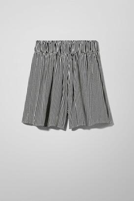 Weekday Litz Shorts - Yellow