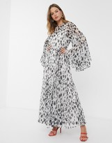 Asos Design DESIGN Eivissa soft maxi dress with godets in dalmation print