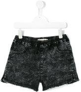 Andorine raw edges denim shorts