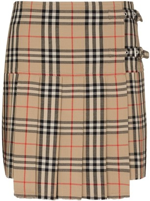 Burberry Vintage check print pleated skirt