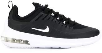 Nike Axis sneakers