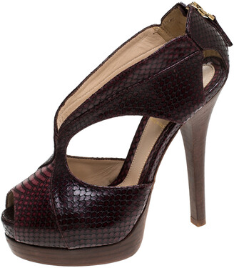 Fendi Brown/Burgundy Python Embossed Leather Strappy Peep Toe Platform Sandals Size 36.5
