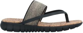 NR RAPISARDI Toe strap sandals