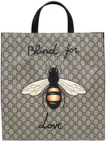 Gucci Bee Printed Gg Supreme Tote Bag
