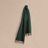 Burberry The Classic Cashmere Scarf