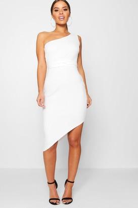 boohoo Petite One Shoulder Asymmetric Bodycon Dress
