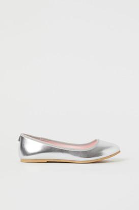 H&M Shimmering ballet pumps