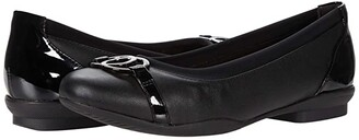 Clarks Sara Dahlia (Black Leather/Patent Combination) Women's Shoes