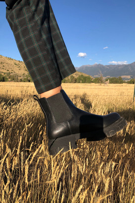 Urban Outfitters Mira Chunky Chelsea Boot