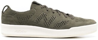 New Balance 300 Low-Top Sneakers