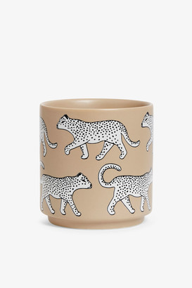 Monki Porcelain pot