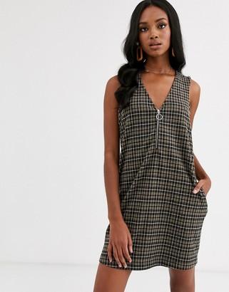 Vero Moda zip up checked pinny dress-Multi