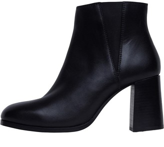 Onfire Womens Heeled Leather Chelsea Boots Black