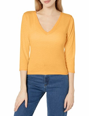 Tresics Women's Trendy Basic Junior 3/4 Sleeve V-Neck Cropped Top