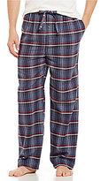 Roundtree & Yorke Plaid Flannel Pajama Pants
