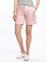 "Old Navy Mid-Rise Everyday Khaki Shorts for Women (7"")"