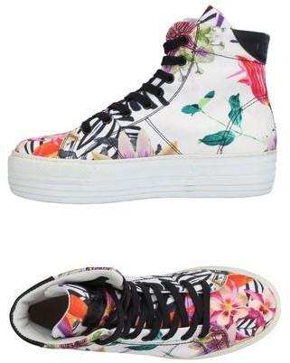 Cult High-tops & sneakers