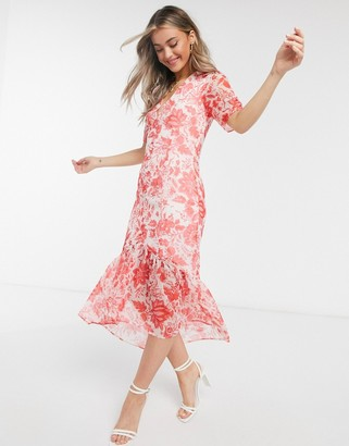 Hope & Ivy button front midaxi dress with ruffle hem in red floral