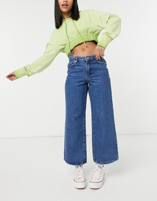 Only Sonny cropped wide leg jeans in medium blue