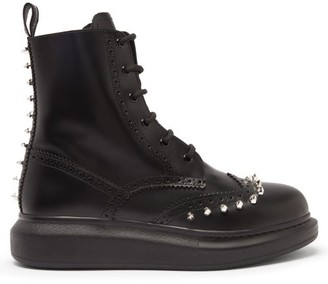 Alexander McQueen Hybrid Studded Leather Brogue Boots - Black